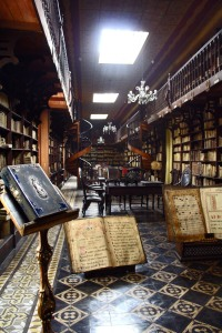 old-library-1571043